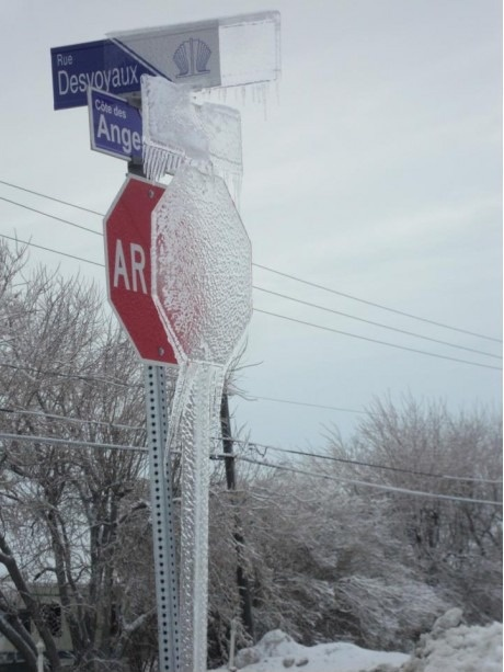Канадские знаки