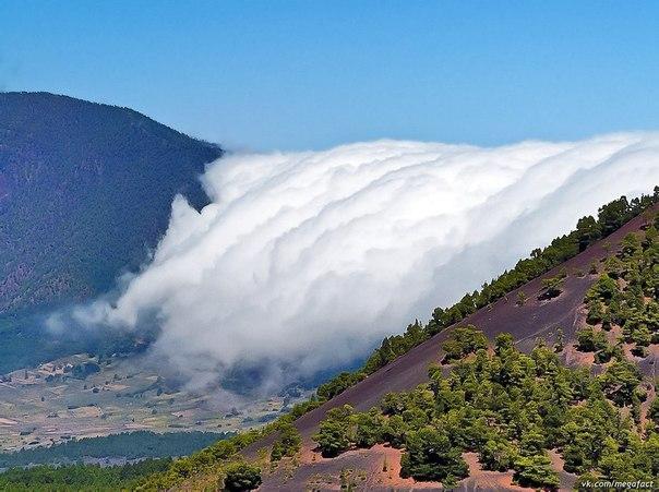 Облака через край