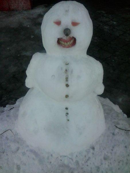 Странный снеговик
