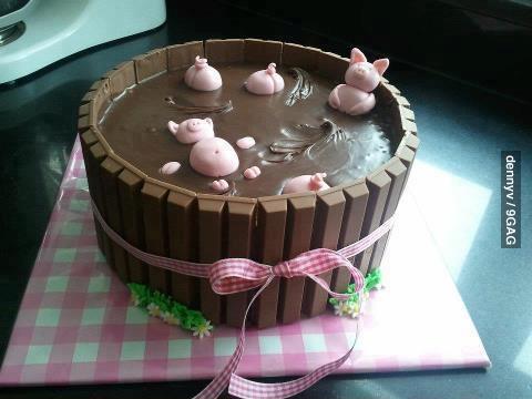 Торт с хрюшками
