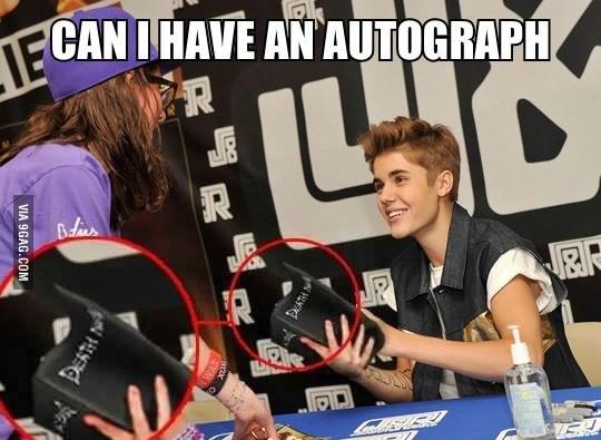 Можно автограф?