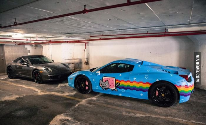 NyanCat Ferrari